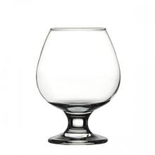 Чаша за коняк