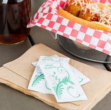Ресторантски влажни кърпички с лого